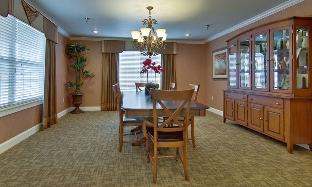 Family dining room at Bradford Court in Nixa, Missouri
