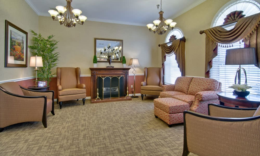 Fireside seating at Bradford Court in Nixa, Missouri