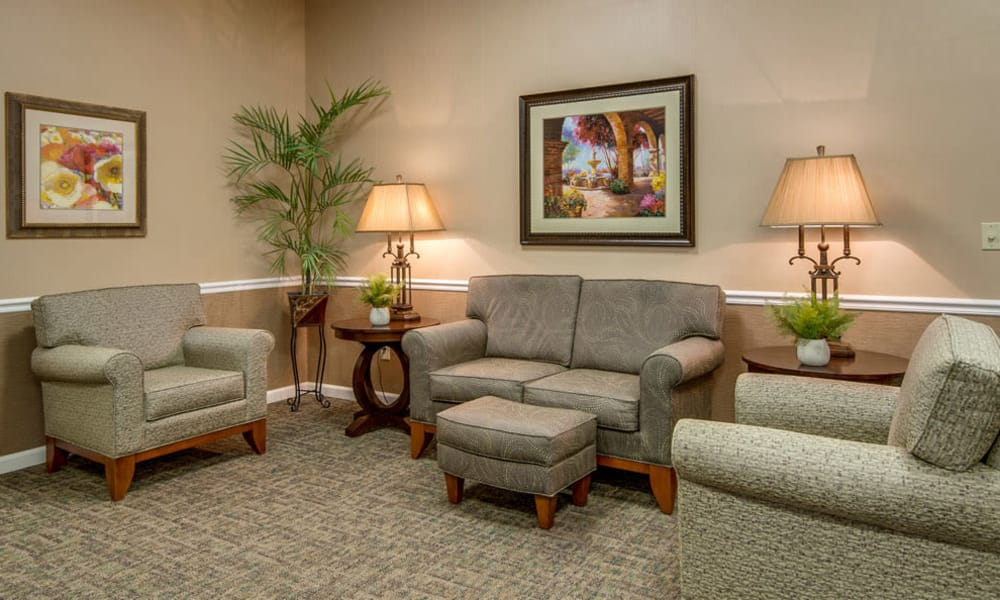 Quiet reading room for residents at Riverview Terrace in McMinnville, TN