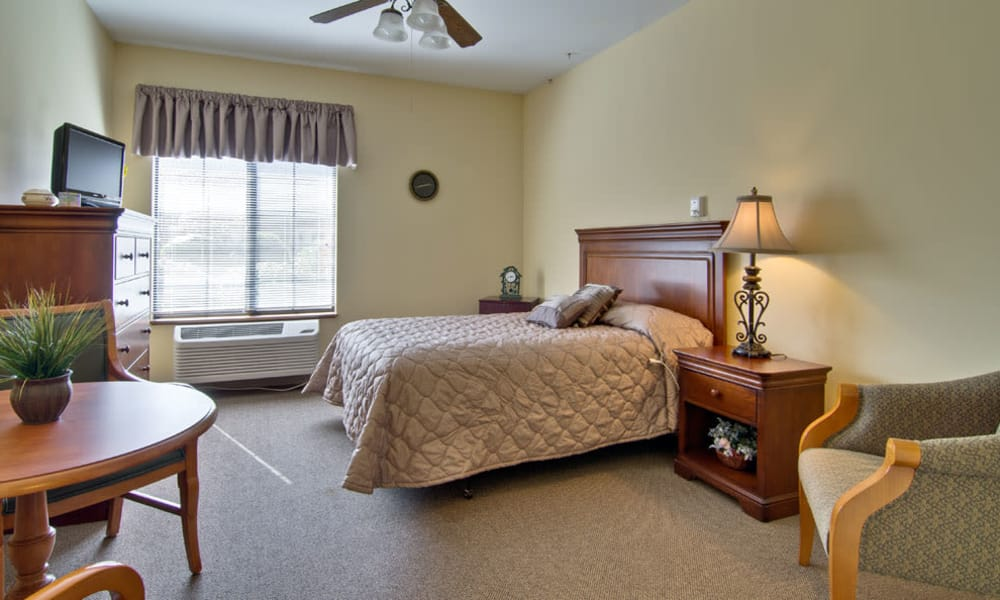 Spacious single bedroom at Spencer Place in Saint Peters, Missouri