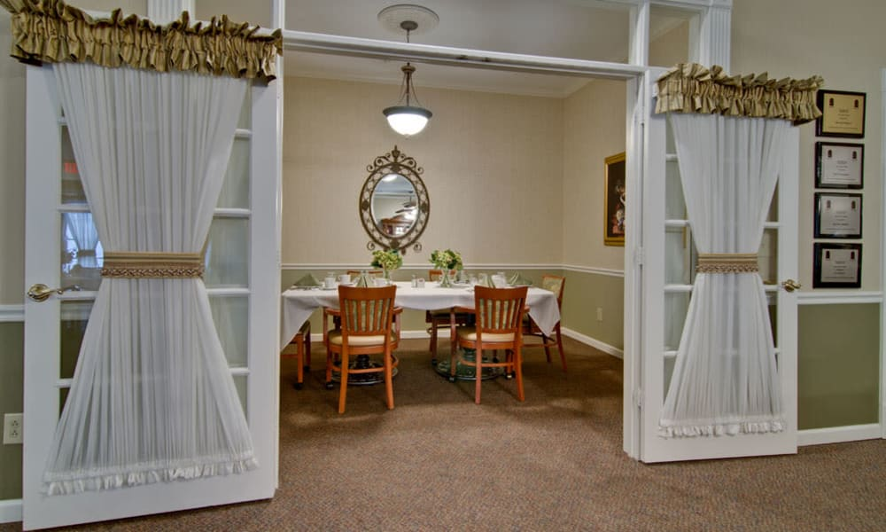 Family dining room at Park View Meadows in Murfreesboro, Tennessee