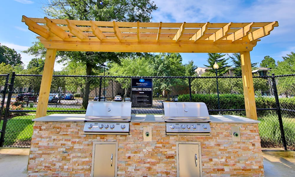 Beautiful bbq area at Northampton Apartment Homes in Largo, Maryland