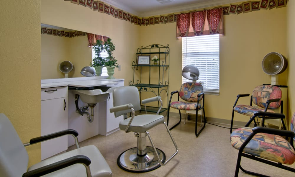 Community hair salon at Spring Ridge in Springfield, Missouri