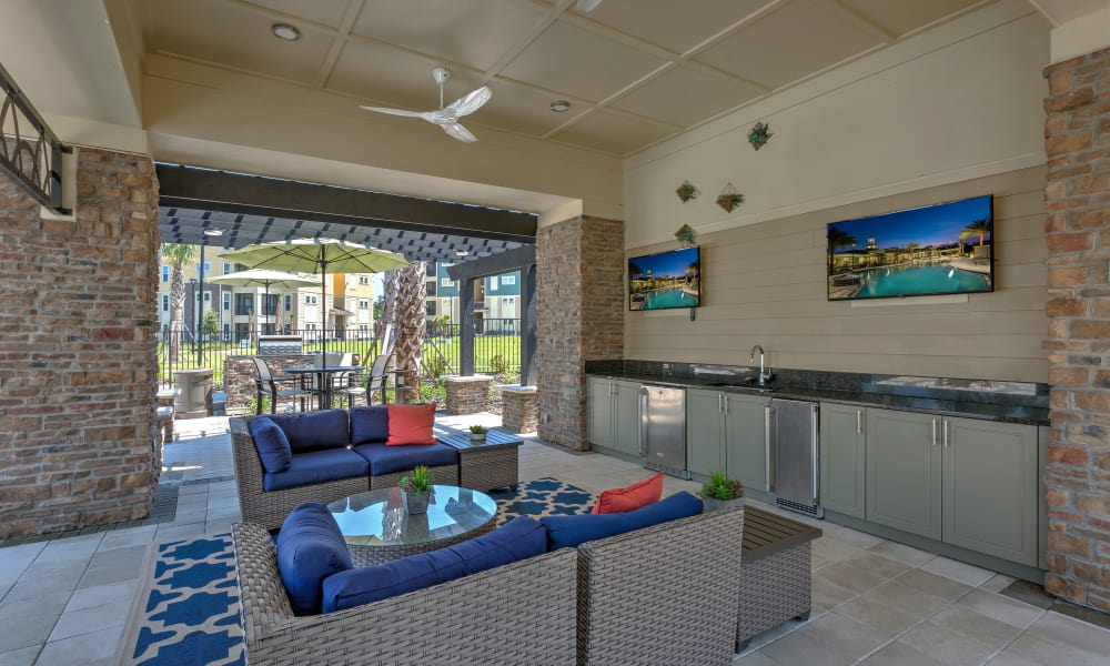 Beautiful clubhouse at Integra Sunrise Parc Apartments in Kissimmee, Florida