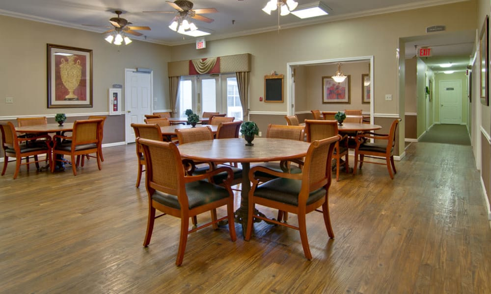 Dining area at the center of River Mist in Poplar Bluff, Missouri
