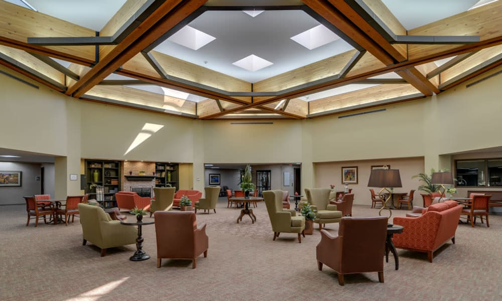 A spacious lobby with seating at SummitView Terrace in Kansas City, Missouri