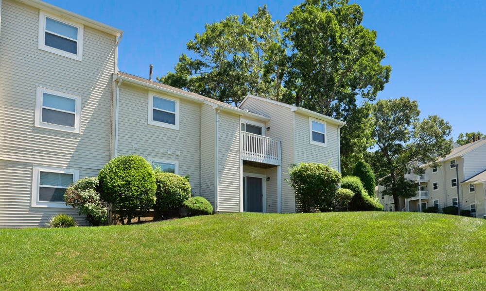The Landings Apartment Homes offers a spacious private balcony in Absecon, New Jersey