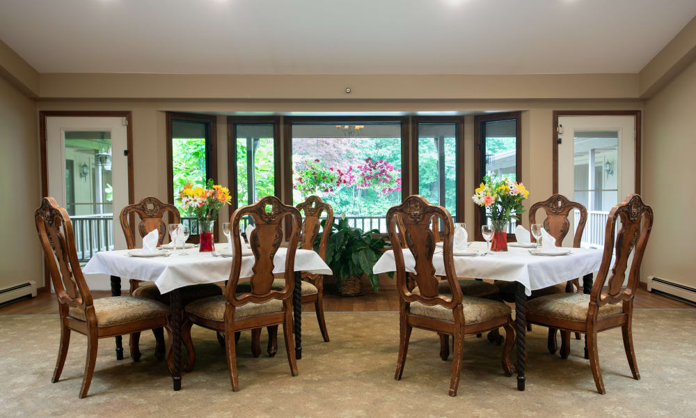 Community dining room at Lakeshore Woods, A Randall Residence in Fort Gratiot, Michigan