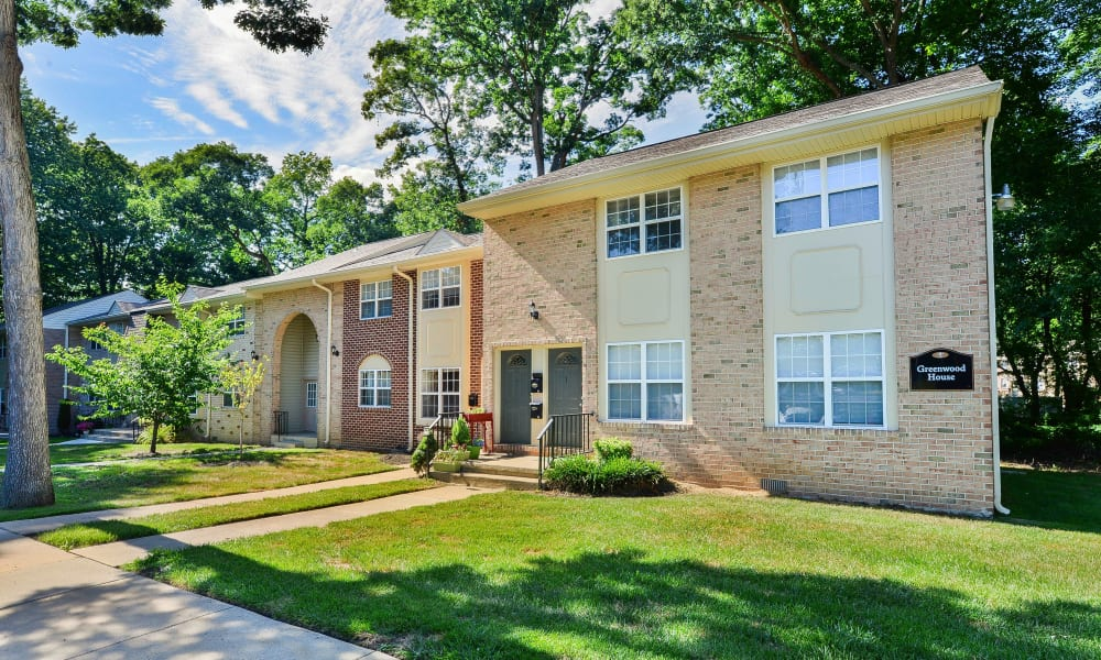 Exterior at Moorestowne Woods Apartment Homes in Moorestown, New Jersey