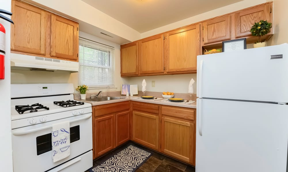 Beautiful kitchen at Post & Coach Apartment Homes in Freehold, New Jersey