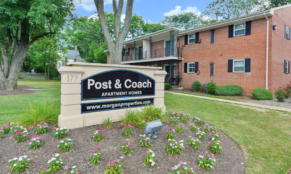 Beautiful entryway at Post & Coach Apartment Homes in Freehold, New Jersey