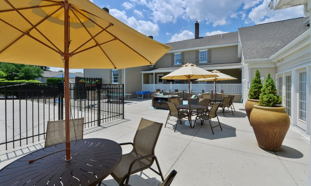 Beautiful exterior seating area at Woodview at Marlton Apartment Homes in Marlton, New Jersey