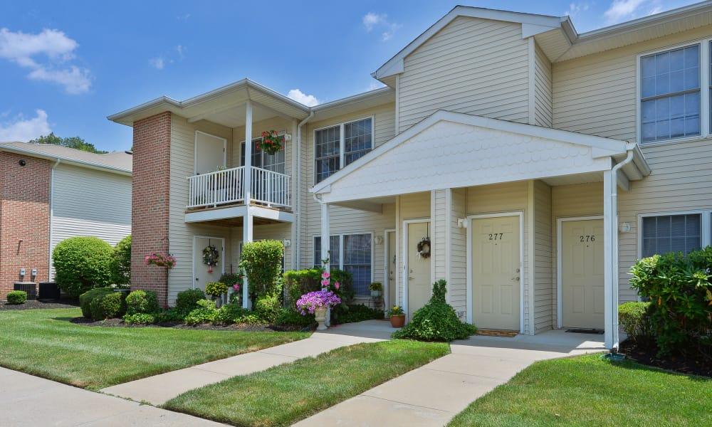 Beautiful entryway at Woodview at Marlton Apartment Homes in Marlton, New Jersey