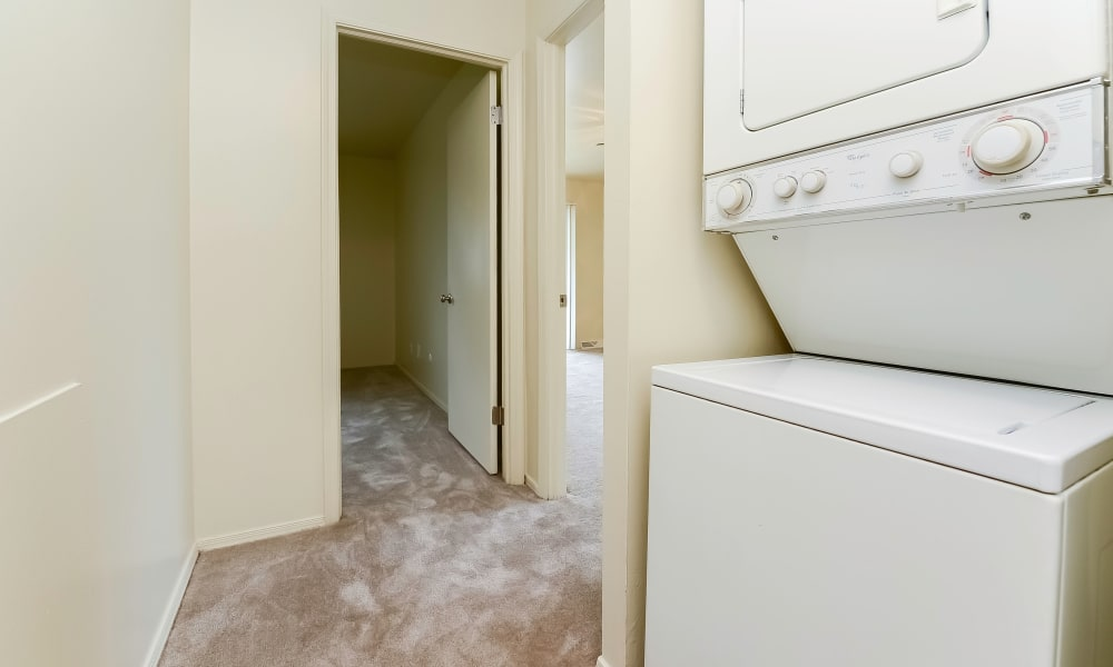 Washer/dryer at Greentree Village Townhomes in Lebanon, Pennsylvania