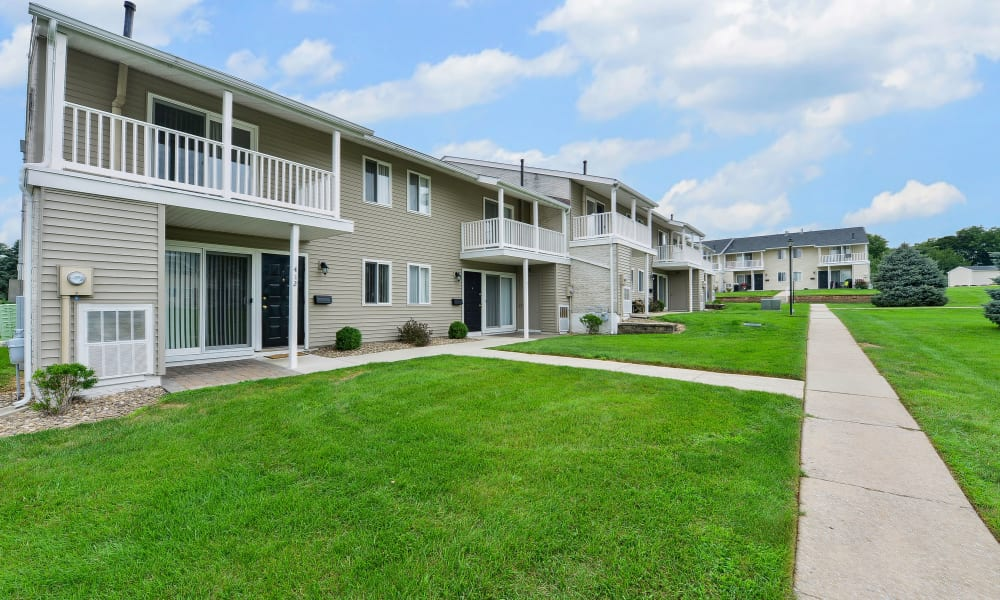 Walking paths at Greentree Village Townhomes in Lebanon, Pennsylvania