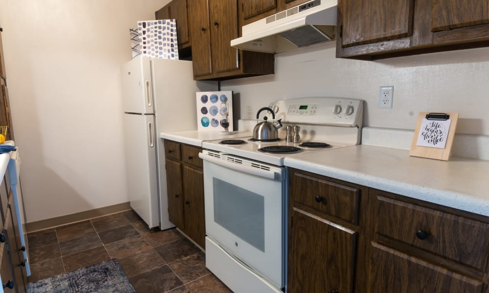 Kitchen at Squires Manor Apartment Homes in South Park, Pennsylvania