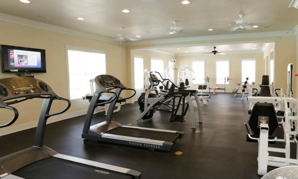 A fitness center at Lexington Park Apartment Homes in North Little Rock, Arkansas
