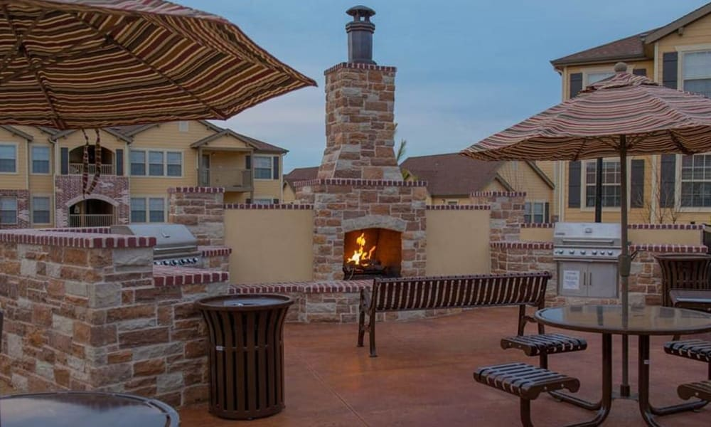 An outdoor fire place at Park at Coulter in Amarillo, Texas