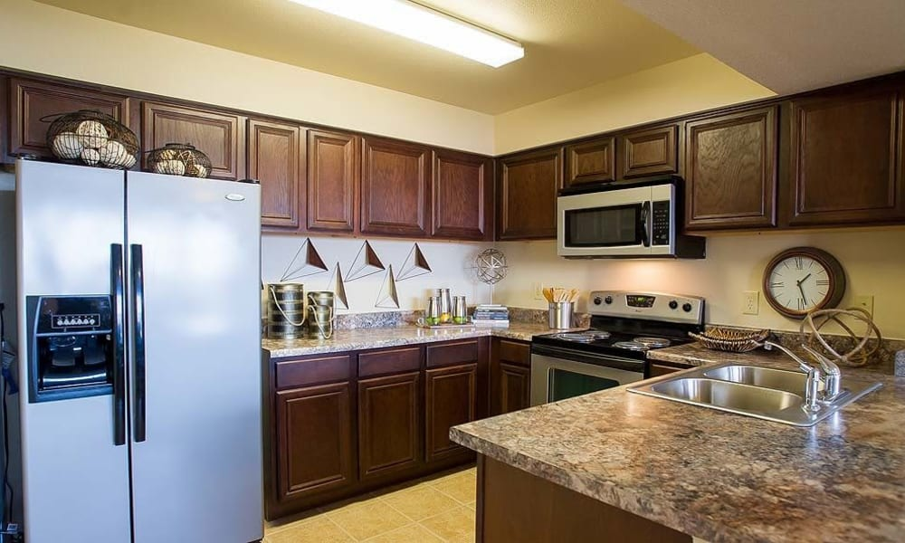 An apartment kitchen at Tuscany Hills in Tulsa, Oklahoma