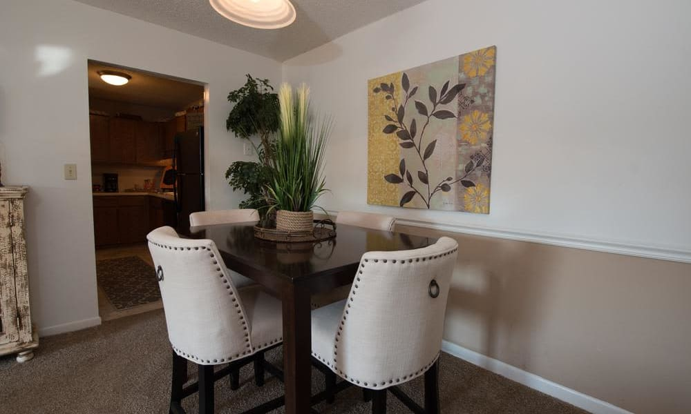 An apartment dining table at The Mark Apartments in Ridgeland, MS