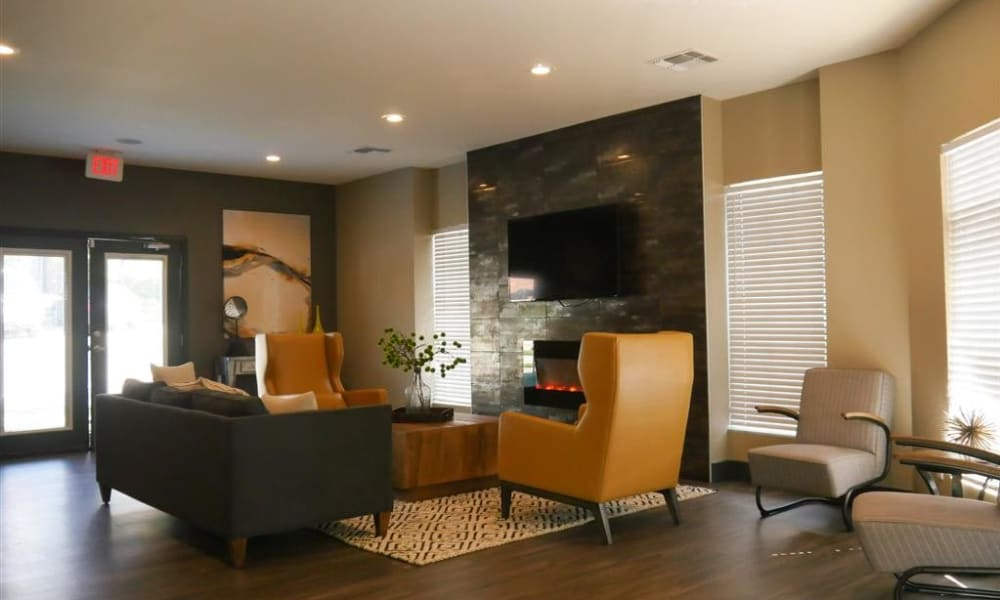 Trails of Towne Lake showcases a spacious community clubhouse in Irving, Texas