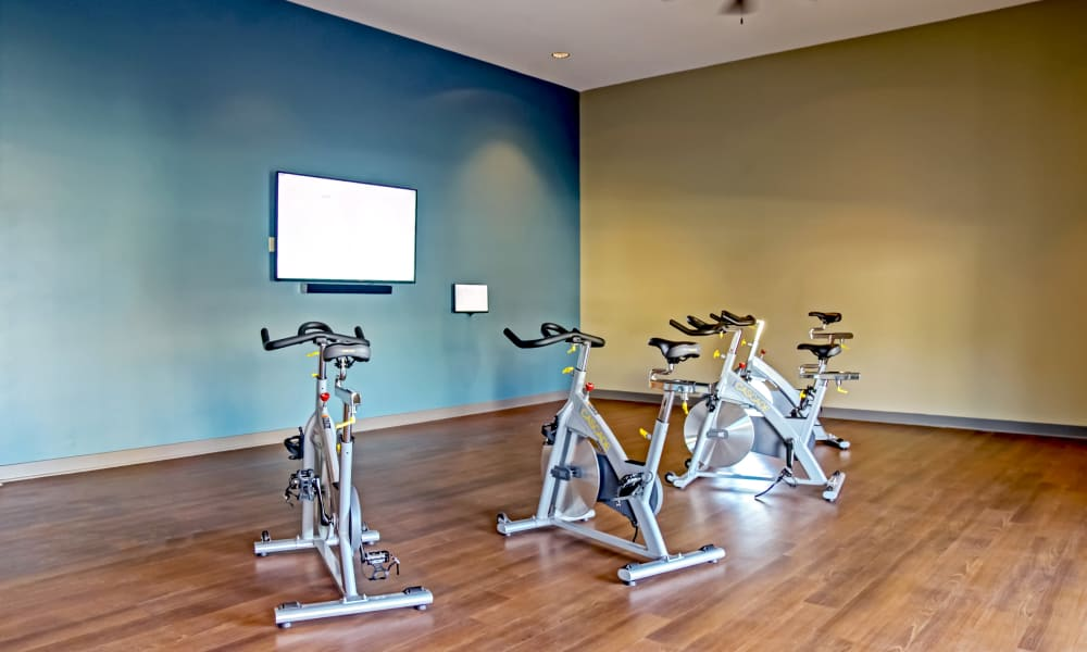 Our luxury apartments in Nashville, Tennessee showcase a fitness center