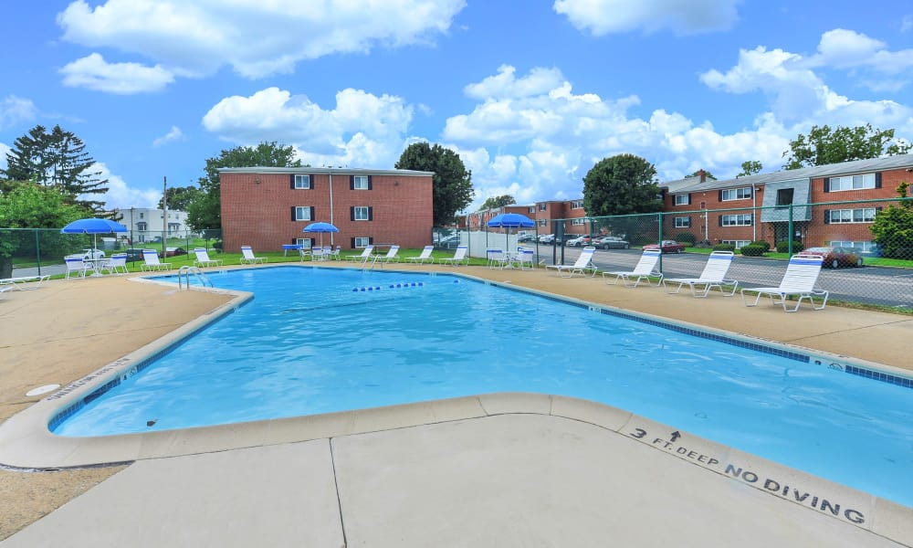 Enjoy apartments with a swimming pool at Brookmont Apartment Homes