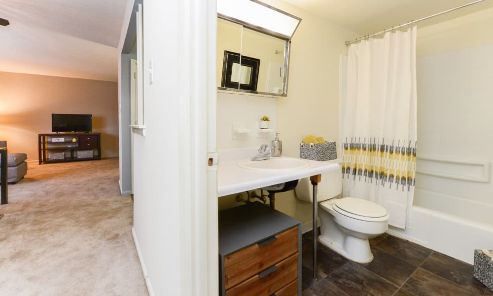 Enjoy apartments with a bathroom at Brookmont Apartment Homes