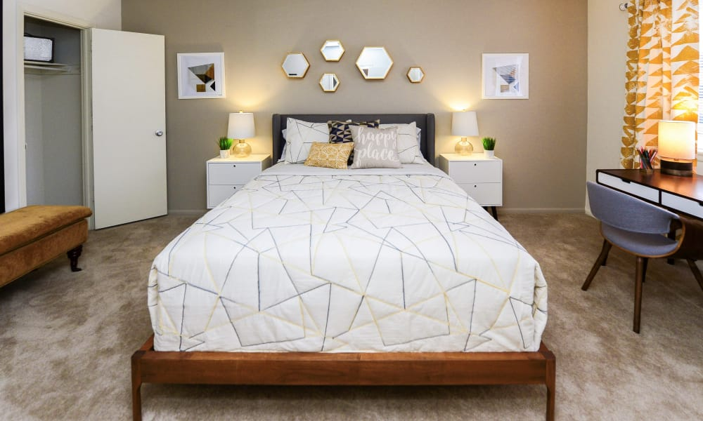 Enjoy apartments with a bedroom at Brookmont Apartment Homes