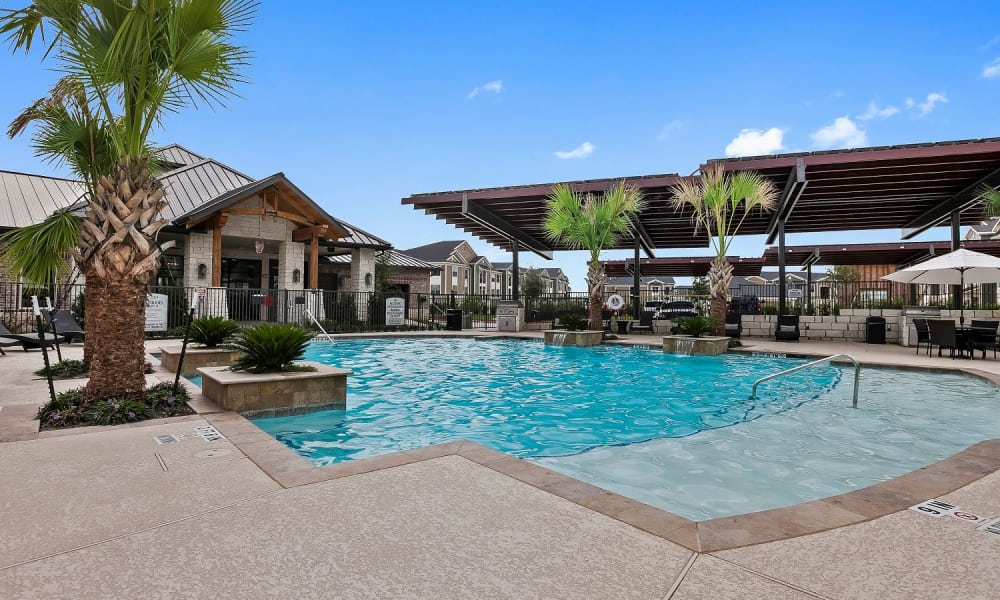 Modern swimming pool at Plum Creek Vue in Kyle, Texas