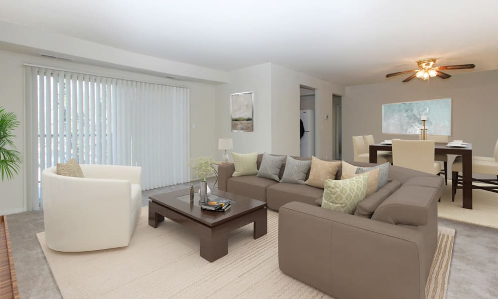 Living Room at Glen Ridge Apartment Homes in Glen Burnie, Maryland