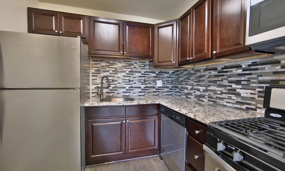 The Preserve at Owings Crossing Apartment Homes offers a beautiful kitchen in Reisterstown, Maryland