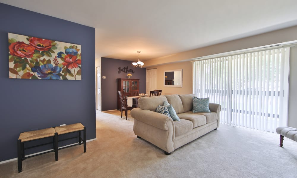 The Preserve at Owings Crossing Apartment Homes offers a beautiful living room in Reisterstown, Maryland