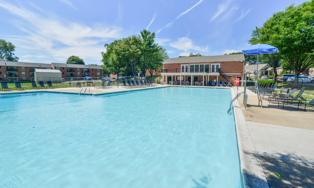 Swimming pool at The Preserve at Owings Crossing Apartment Homes in Reisterstown, Maryland