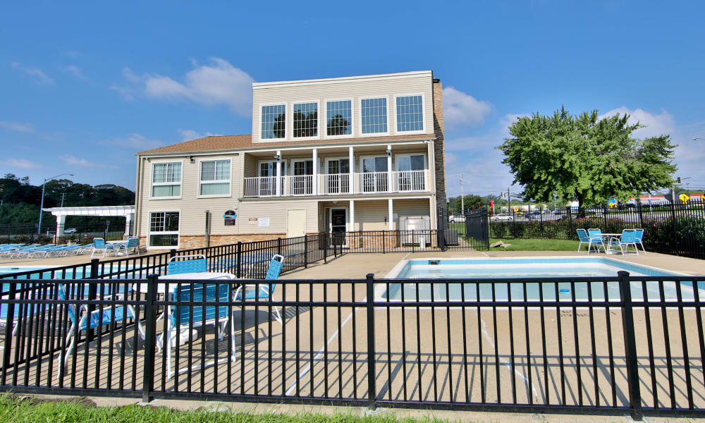 Amenities at Chesapeake Glen Apartment Homes in Glen Burnie, MD