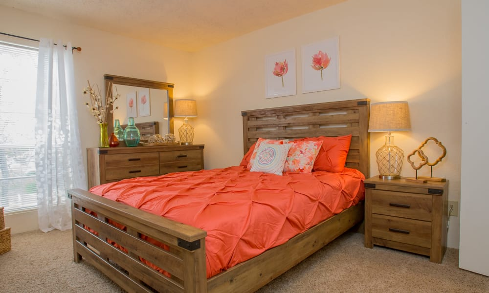 A large bed at Country Hollow in Tulsa, OK