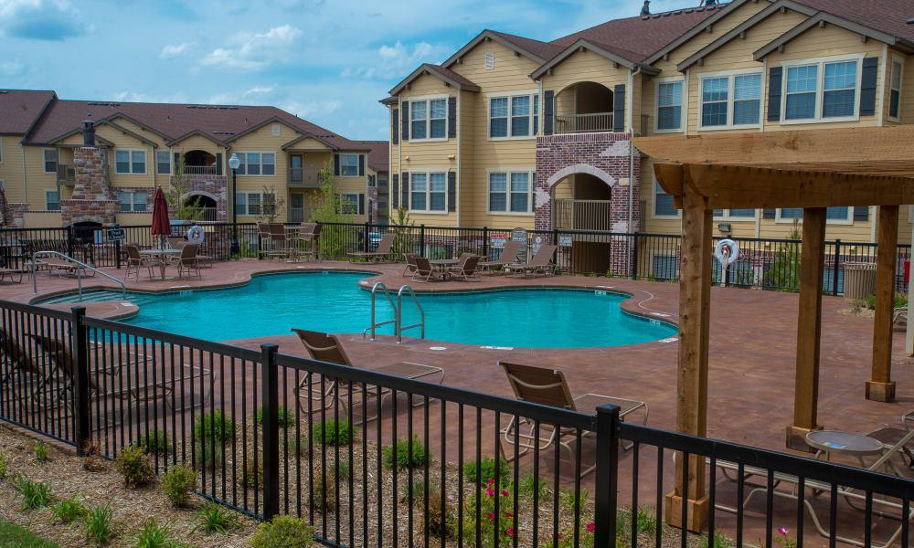 Resort style pool at Park at Tuscany in Oklahoma City, Oklahoma