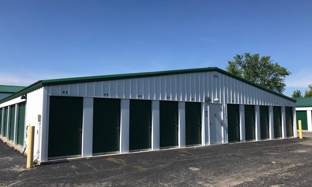 Exterior of units at New Albany Self Storage in New Albany, Ohio
