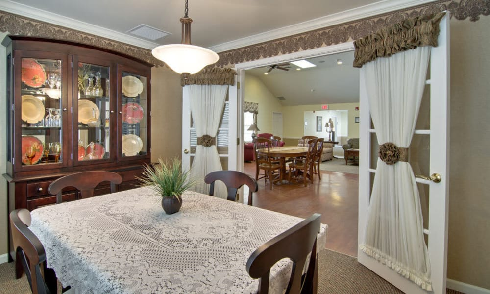 Family dining space at The Arbors at Parkside in Rolla, Missouri