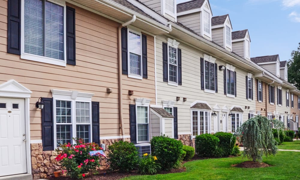 Exterior of Montgomery Manor Apartments & Townhomes | Apartments in Hatfield, Pennsylvania