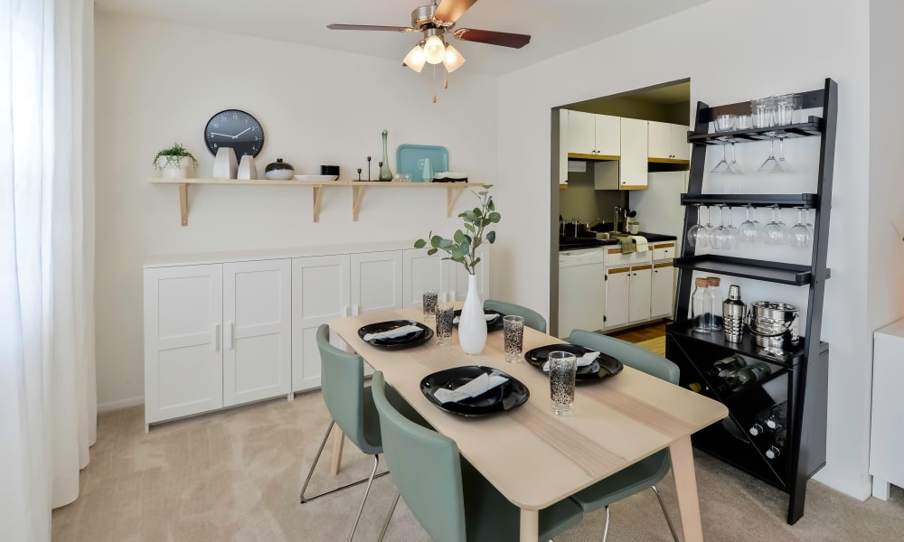 Dining Room Area at Kingswood Apartments & Townhomes in King of Prussia, Pennsylvania