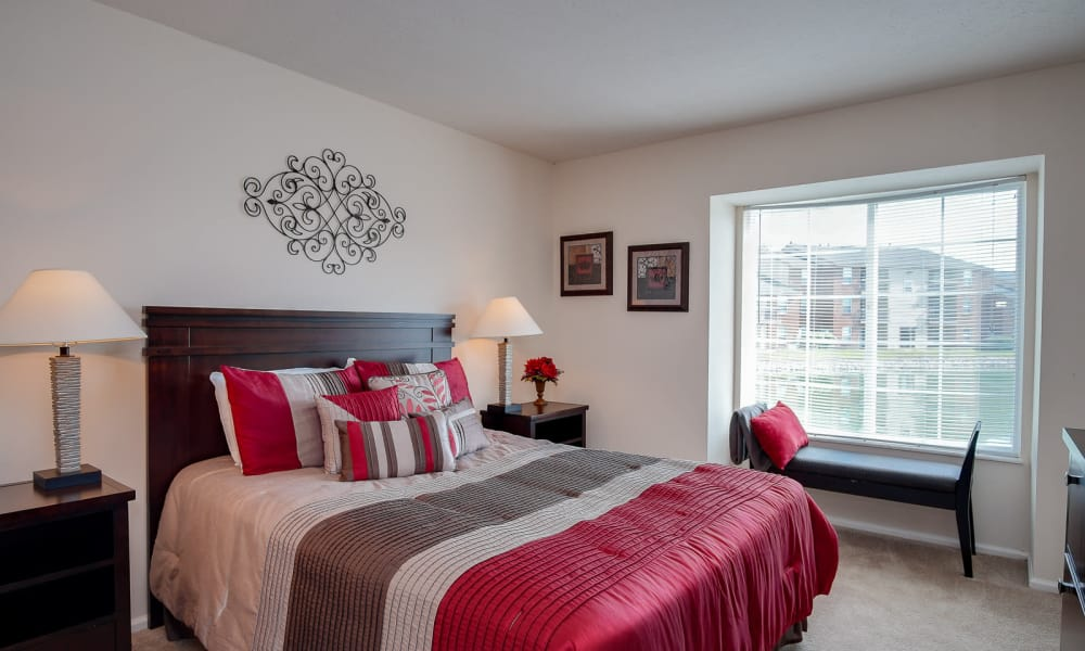 Bedroom at Hidden Lakes Apartment Homes in Miamisburg, Ohio