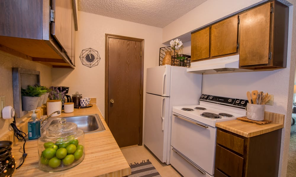 White appliances at Eagle Point Apartments in Tulsa, Oklahoma
