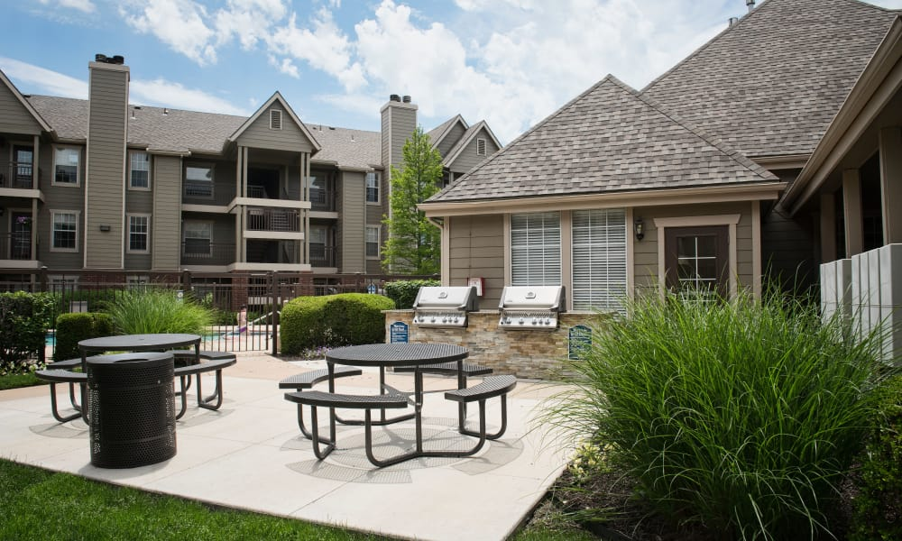 Northwest Wichita, KS Apartments for Rent | Crown Chase ...