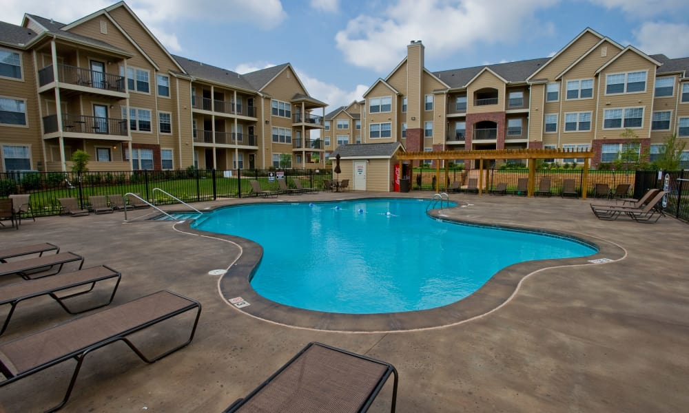 Sparkling swimming pool at Fountain Lake in Edmond, Oklahoma