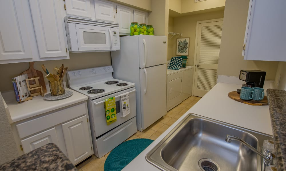 Fully equipped kitchens at Lexington Park Apartment Homes in North Little Rock, Arkansas