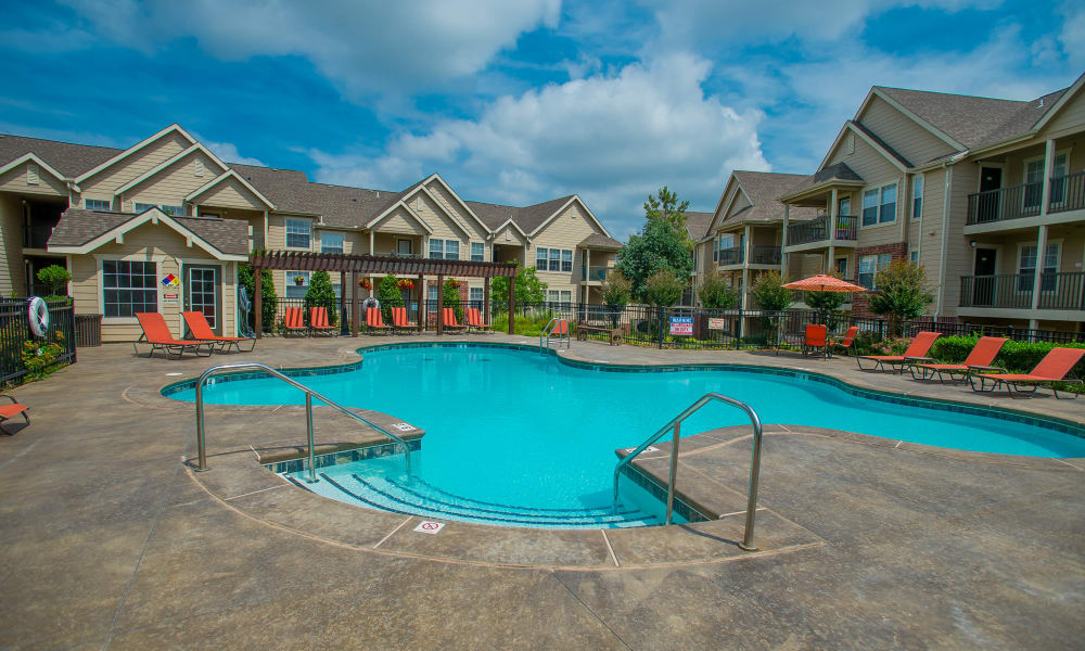 Steps into the pool at Nickel Creek Apartments in Tulsa, Oklahoma