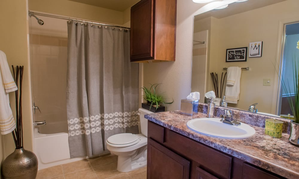 Large bathroom with plenty of counter space at Park at Mission Hills in Broken Arrow, Oklahoma