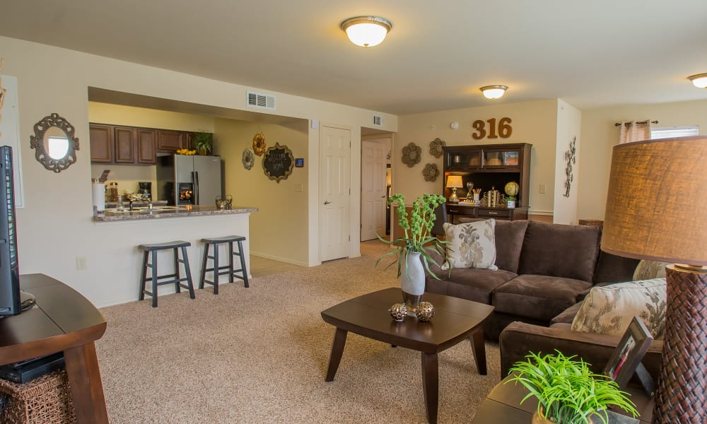 Living room with a coffee table at Park at Mission Hills in Broken Arrow, Oklahoma