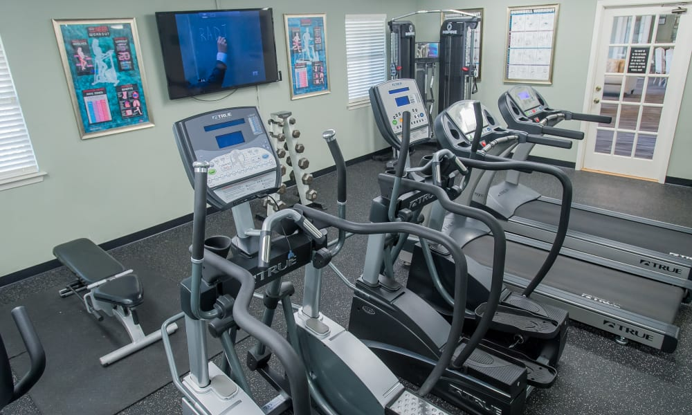 Well-equipped fitness center at The Greens of Bedford in Tulsa, Oklahoma